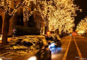 Noel et ses lumiéres sont partout .. même sur les voitures !